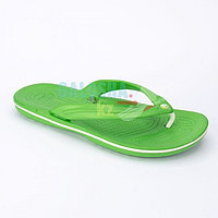 Зеленые шлепанцы CROCS Crocband Flip