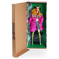 Кукла Барби коллекционная BMR1959 в розовом плаще с белыми заколками GNC47