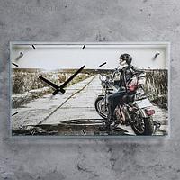 """Часы настенные прямоугольные """"Девушка на мотоцикле"""", стекло, 35х60 см"""