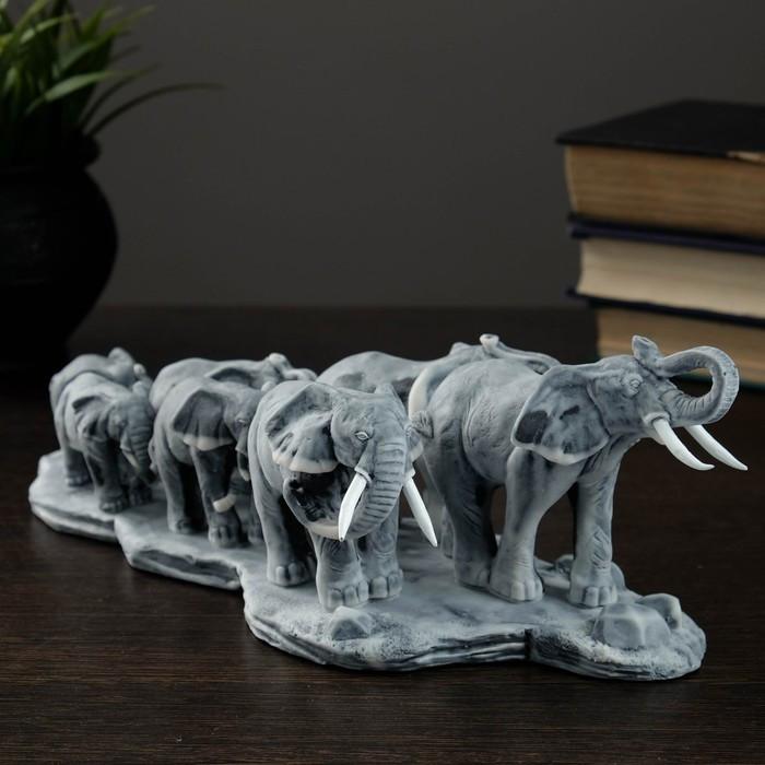 """Сувенир """"Семь слонов на малой подставке"""""""