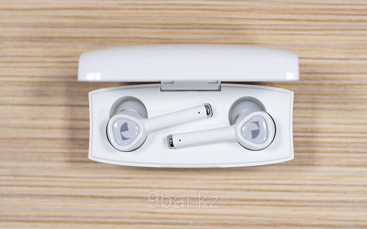 Nakamichi Uno WHT, беспроводные наушники-гарнитура ВТ с зарядным футляром (белые)