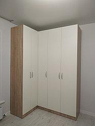 Угловой шкаф в спальню