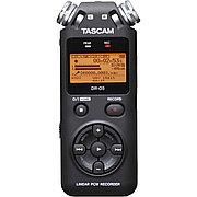 Цифровой аудио-рекордер Tascam DR-05 (Version-2) + SD 4 Gb