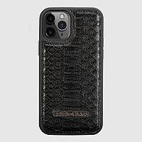 Чехол для телефона iPhone 12/12 Pro питон чёрный