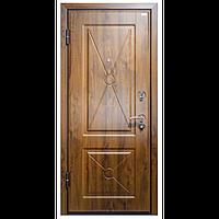 Наружная входная дверь мд. 17 DLM 002 Орех
