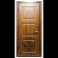 Наружная входная дверь мд. 17 DLM 003 Орех