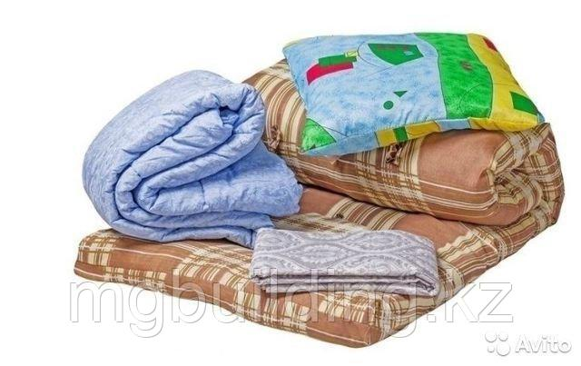 Одеяла и подушки