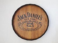 "Срез деревянной декоративной бочки ""Jack Daniel's"" H120 * D 600 мм."