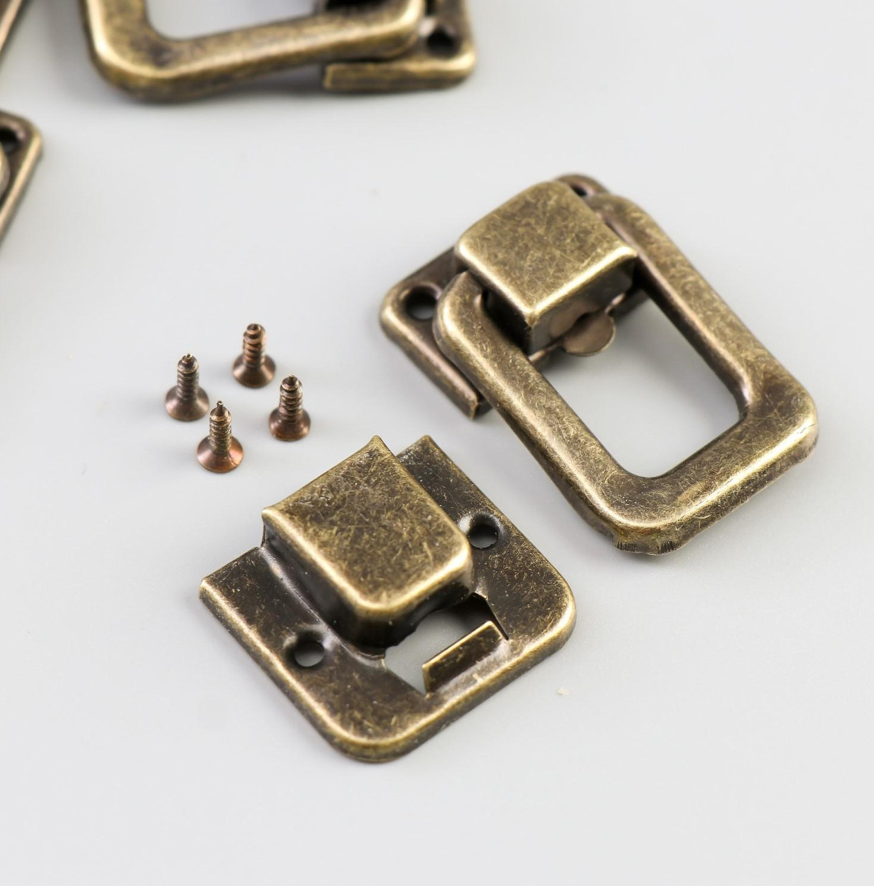 Замок металл для шкатулки бронза + гвозд. набор 5 шт 3,6х2,5 см