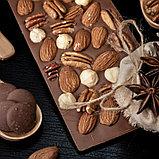 Горький шоколад ручной работы с миндалём, фундуком и орехом пекан, фото 3