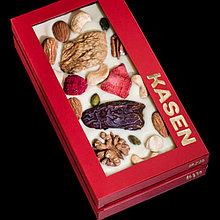 Белый шоколад с ассорти из 10 вкусных ингредиентов