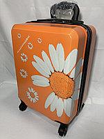 Детский пластиковый чемодан на колесах,6-8 лет. Высота 46 см, ширина 31 см, глубина 21 см., фото 1