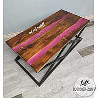 Журнальный стол-река с розовой перламутровой заливкой