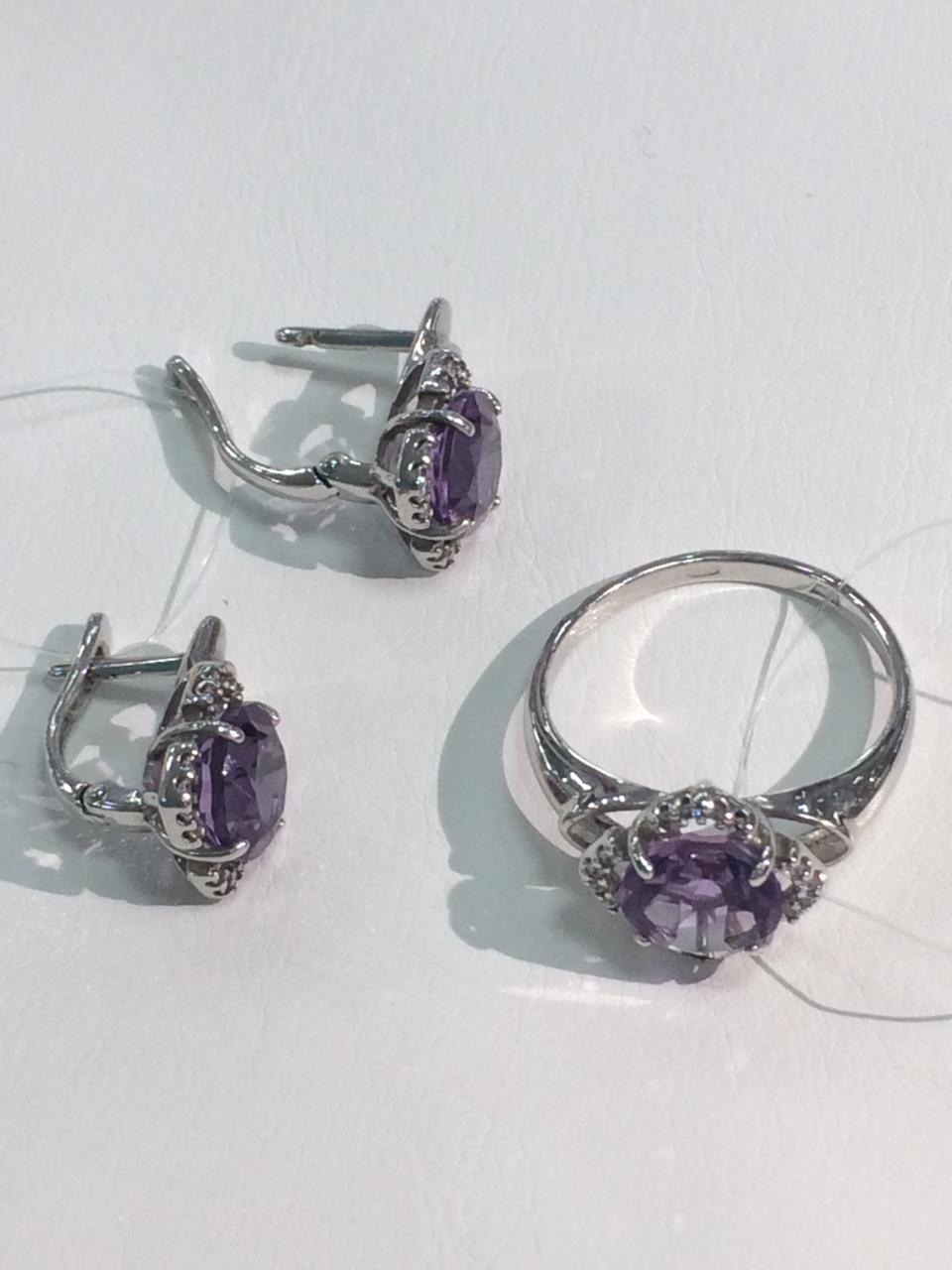 Комплект с аметистом и фианитом / серебро