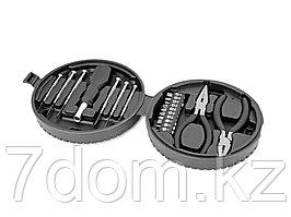 Набор инструментов, 19 предметов в футляре в виде автомобильной шины