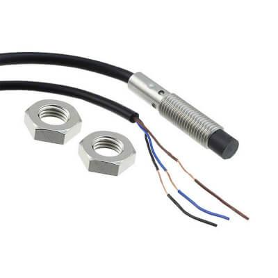 Датчик индуктивный  E2B-M12KN05-WP-C1 2M OMI