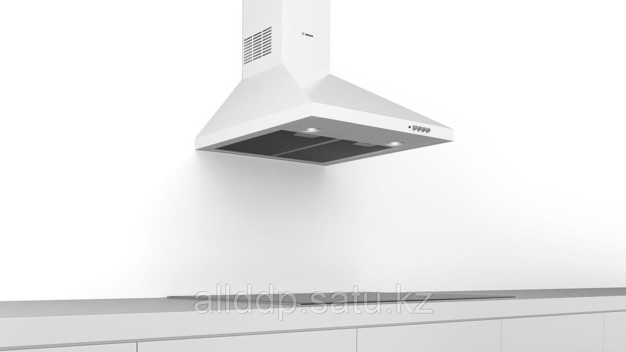 Вытяжка Bosch DWP64CC20T
