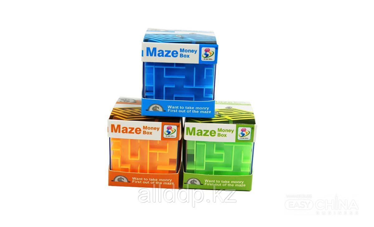 Игрушка для детей 3D лабиринт - копилка Maze Money Box