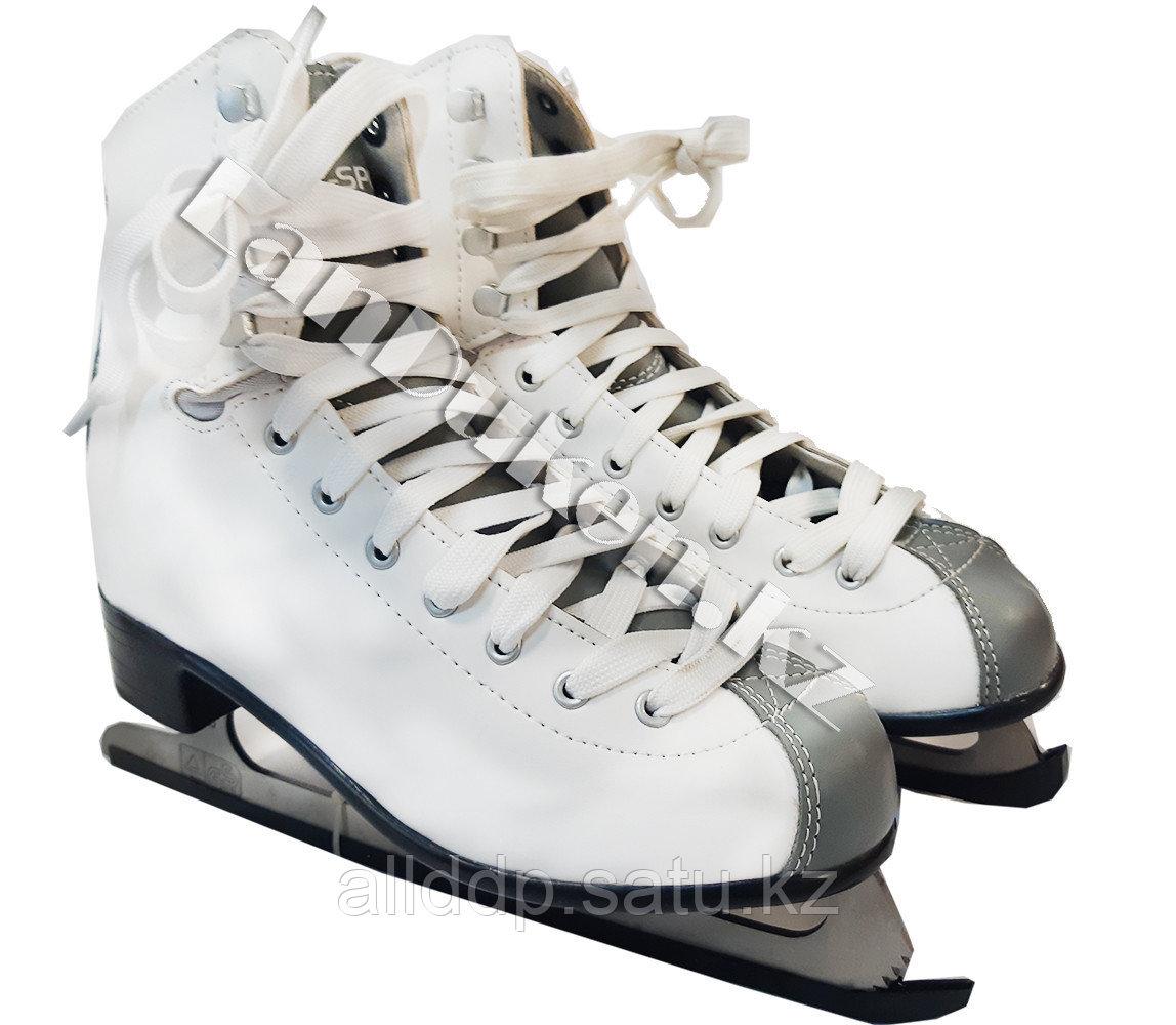 Белые фигурные  коньки