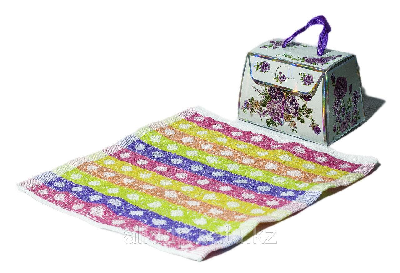 Полотенце в подарочной упаковке (разноцветное), 22 см