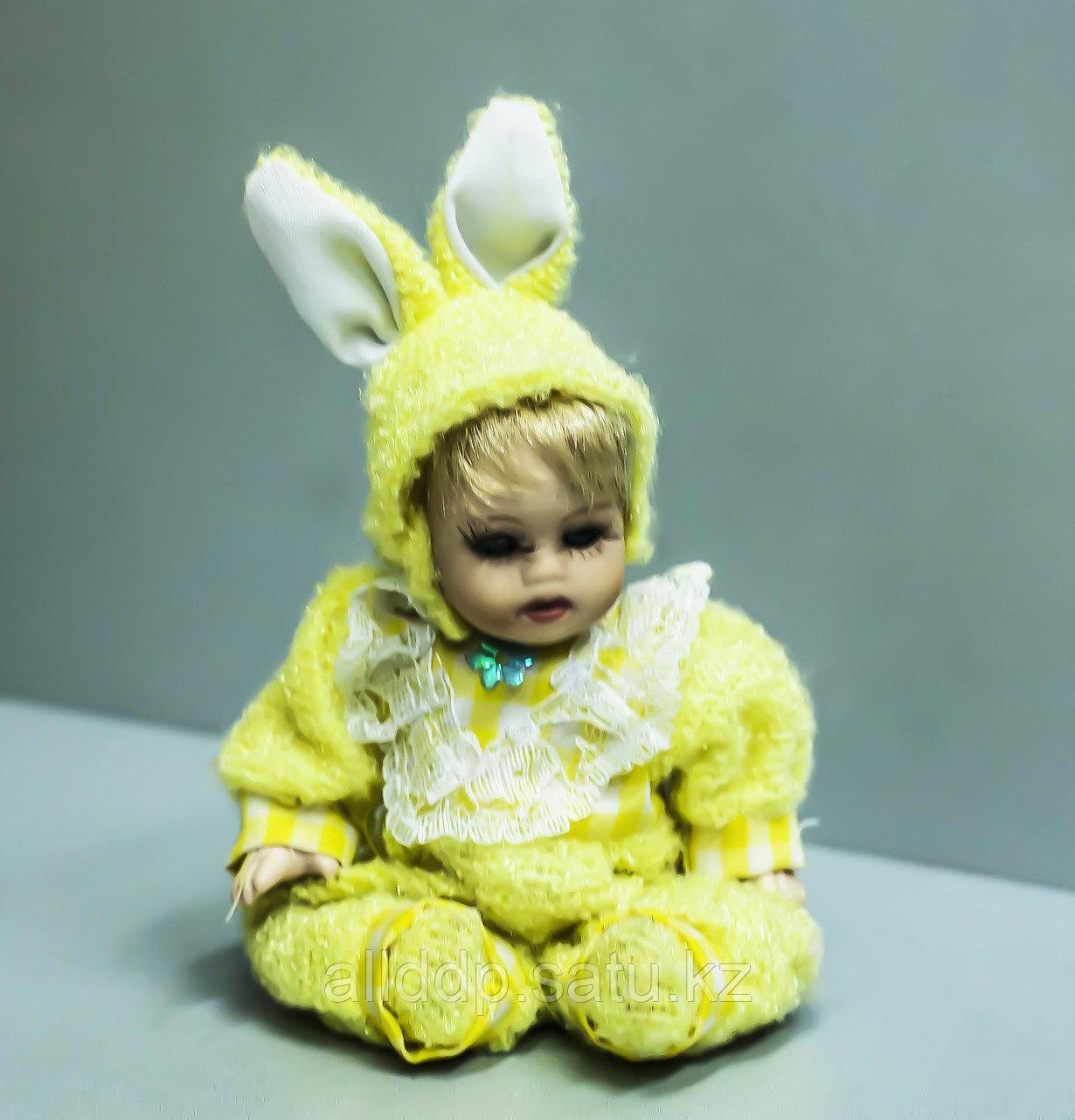 """Фигурка -сувенир """"Кукла в желтом костюме"""", 18см"""