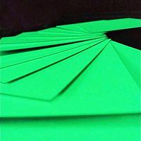Фотолюминесцентные листы и экр...