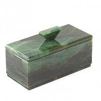 Шкатулка из полудрагоценного камня нефрит 15х7х8,5 см