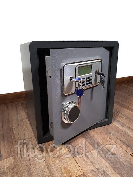 Сейф мебельный 40GB (31*38*40см 19кг.)