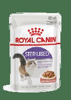 Для стерилизованных кошек и кастрированных котов в соусе, Royal Canin Sterilized, пауч 85гр.