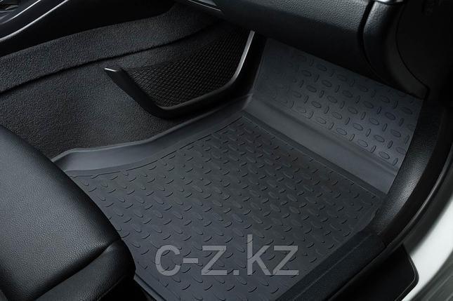Резиновые коврики с высоким бортом для Volkswagen Touran II 2010-н.в., фото 2