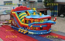 Надувной корабль Attro Веселый Роджер с крышей