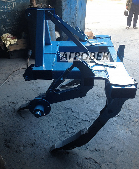 Глубокорыхлитель навесной РН-1,8м с колесами (3 стойки)