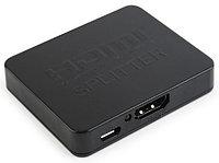 Разветвитель HDMI Cablexpert DSP-2PH4-03, HD19F/2x19F, 1 компьютер => 2 монитора, Full-HD, 3D, 1.4v,