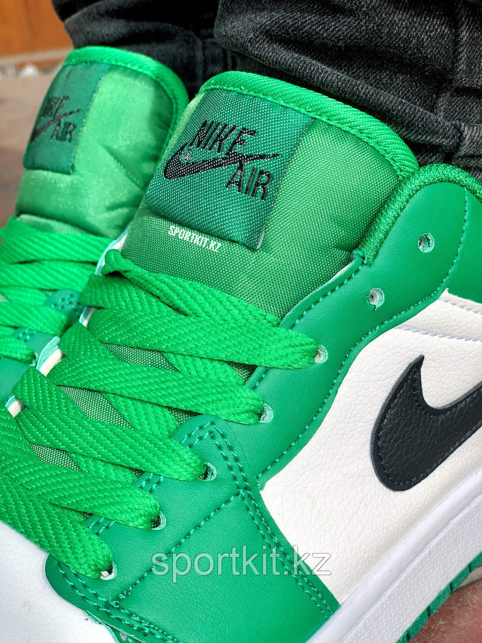 Кеды Nike Jordan низк бело зелёные - фото 3