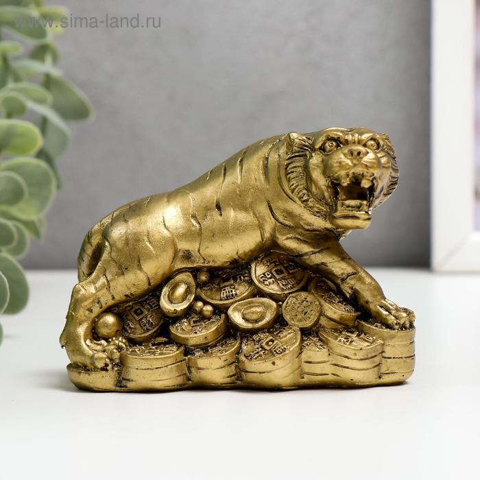 """Нэцке полистоун бронза """"Тигр на горке монет и слитков"""" 6,5х9х5,7 см - фото 1"""
