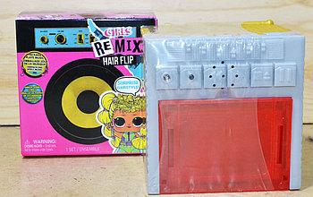 B212112IC Маленькая кукла  в магнитофоне  (не оригинал,реплика) 12 шт в уп. Цена за 1шт 11*11