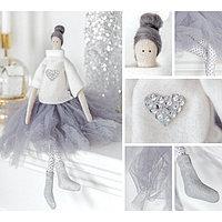 Интерьерная кукла «Мия», набор для шитья, 18.9 × 22.5 × 2.5 см