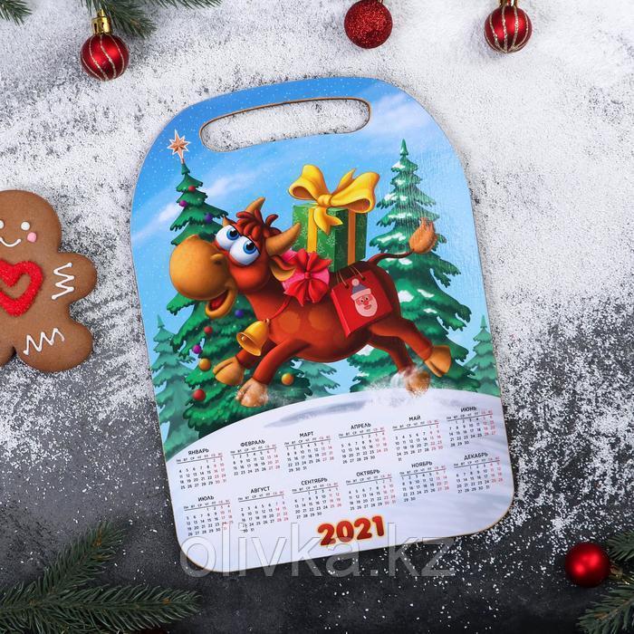 Доска разделочная с календарем «Бык скачет»