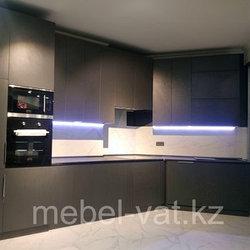 Кухонные гарнитуры до потолка 1