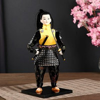 Кукла коллекционная 'Китайский гвардеец в серебристых доспехах с мечом' 31х12,5х12,5 см