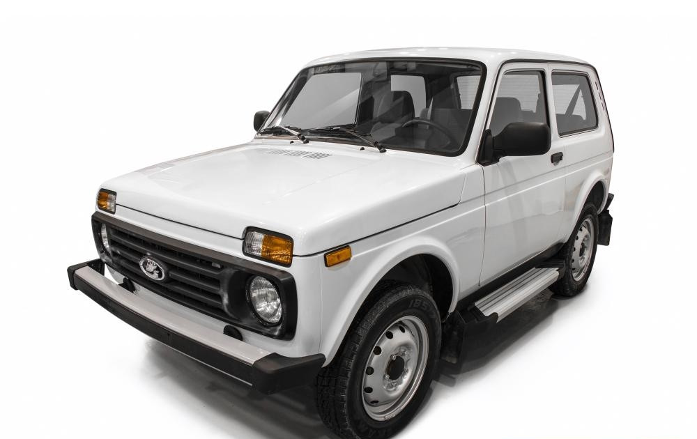 """Пороги """"Silver""""  Lada 4x4  3D (1977-), Lada 4x4 Urban 3D (2016-)"""