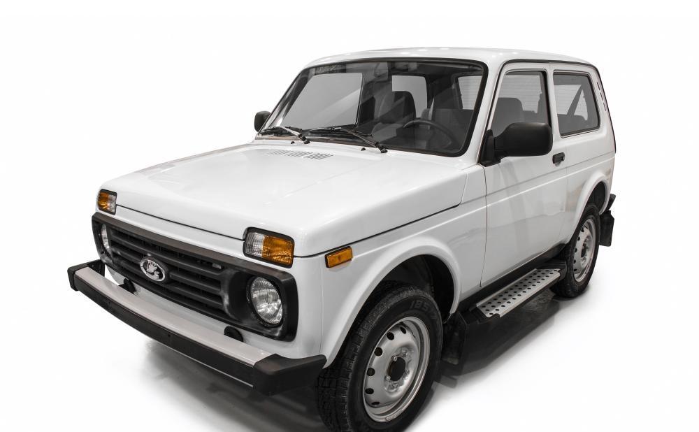 """Пороги """"Bmw-Style"""" Lada 4x4  3D (1977-), Lada 4x4 Urban 3D (2016-)"""
