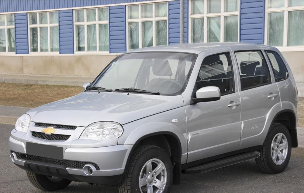 """Пороги """"Premium-Black"""" Chevrolet Niva (2002-2009-)"""