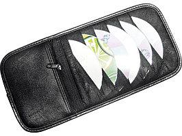 СD-холдер автомобильный на 12 CD с отделением на молнии (артикул 833207)