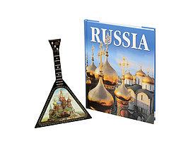 Набор Музыкальная Россия (включает декоративную балалайку и книгу Россия на английском языке) (артикул 94739)