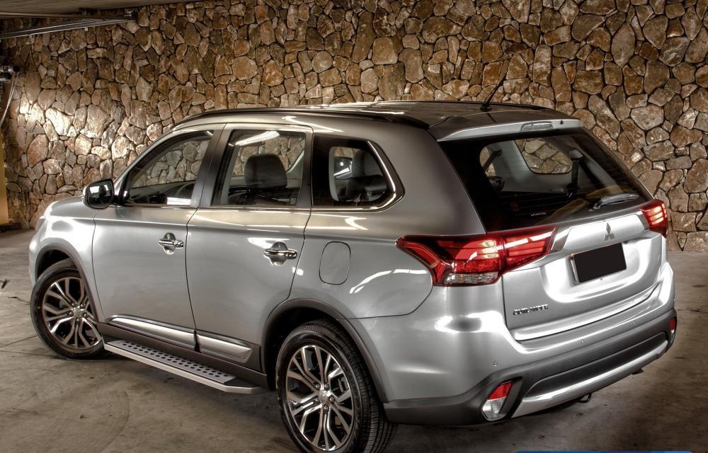 "Пороги ""Bmw-Style"" Mitsubishi ASX (2010-2021)/Outlander (2007-2021)/Peugeot 4007 (2007-2013)"