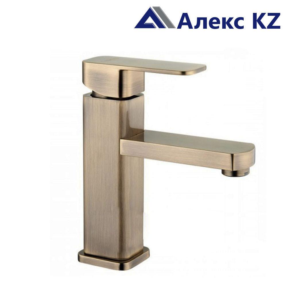 Смеситель для умывальника одноручный ZEGOR LEB1-A123 KТ (бронза)
