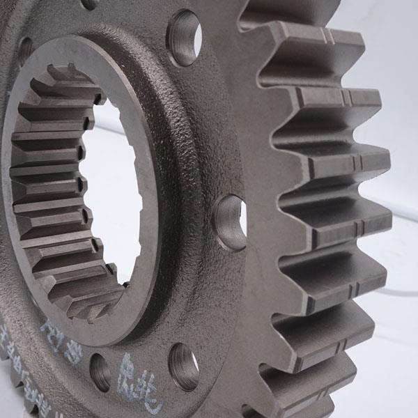 Крышка редуктора среднего моста WG9981320102