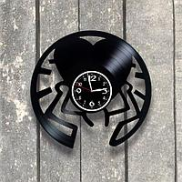 Настенные часы из пластинки Сердце, подарок любимой, любимому, влюбленным, 0546