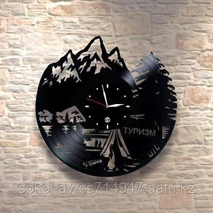 Настенные часы из пластинки Горы, подарок альпинистам, скалолазам, горному туристу, 0048
